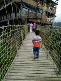Jembatan Gantung Glamping